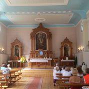 Maloniai nustebinęs Saldutiškio bažnyčios interjeras. Intrkės, Labanoro, ir kitos medinukės - irgi puikiai.